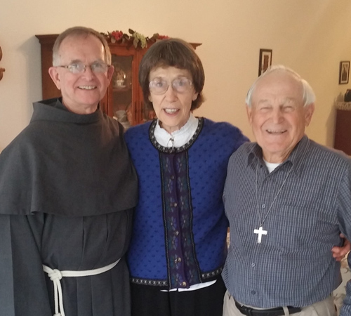 Fr. John with friends Alice and Morrie Leuthner