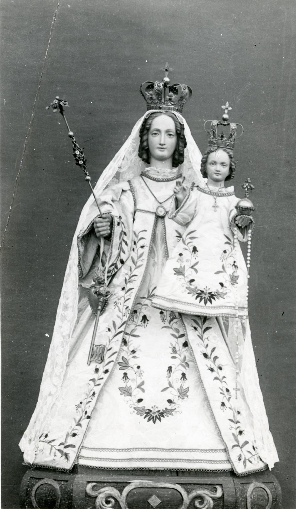 The statue of Our Lady of Consolation in 1875.
