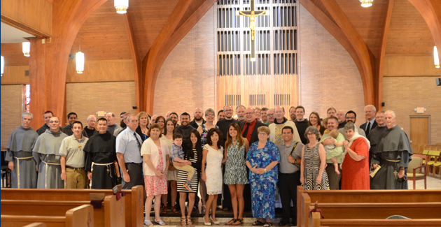 Br. Ian's extended family photo